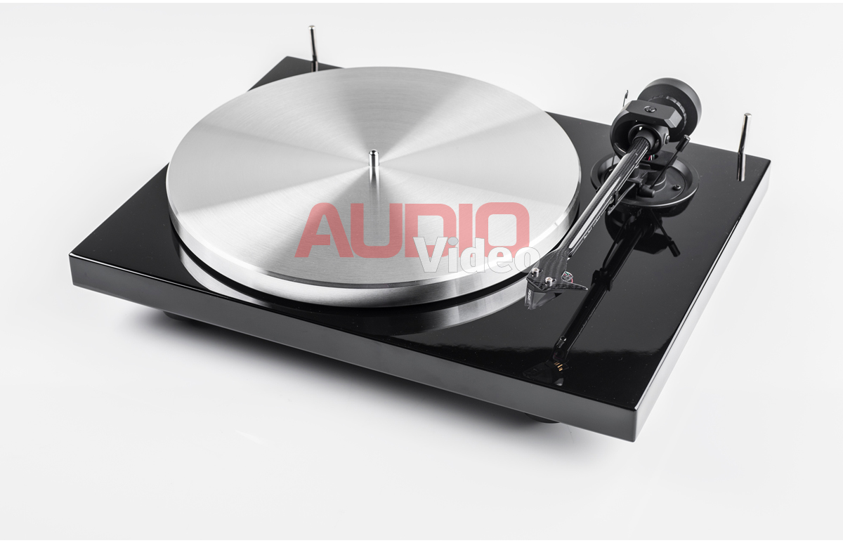 Pro Ject Classic Carbon 1 aaa